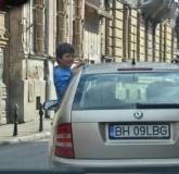 24-copil-masina-3