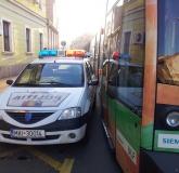 masina-politie-tramvai-bihoreanul_2