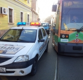masina-politie-tramvai-bihoreanul_6
